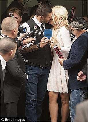 Mauro Icardi vừa cưới siêu mẫu người Argentina  Wanda Nara