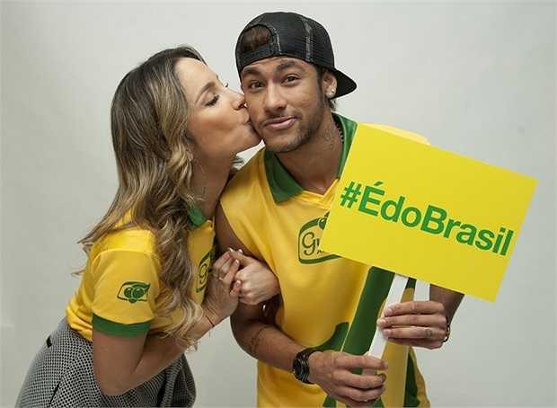 Neymar và diva Claudia Leitte tham gia tuyên truyền về World Cup 2014 tại Tây Ban Nha.