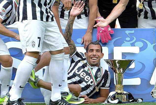 Dù đã thi đấu rất hay trong màu áo Juventus nhưng Tevez vẫn không được dự World Cup cùng ĐT Argentina