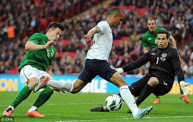 Đáng tiếc là chấn thương đã khiến Walcott không đủ điều kiện để được gia nhập ĐT Anh tham dự World Cup