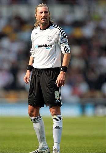 Robbie Savage (xứ Wales) - 39 lần