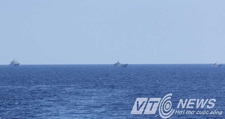 Ba tàu Trung Quốc truy đuổi tàu chấp pháp Việt Nam.