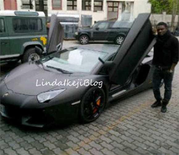 Tiền đạo Obafemi Martins từng thi đấu khá thành công trong màu áo của Inter Milan và Newcastle, anh cũng là một trong những cầu thủ bóng đá giàu nhất tại Nigeria. Chiếc Lamborghini N50M của Martins có giá lên tới 250.000 bảng Anh (khoảng 420.685 USD).