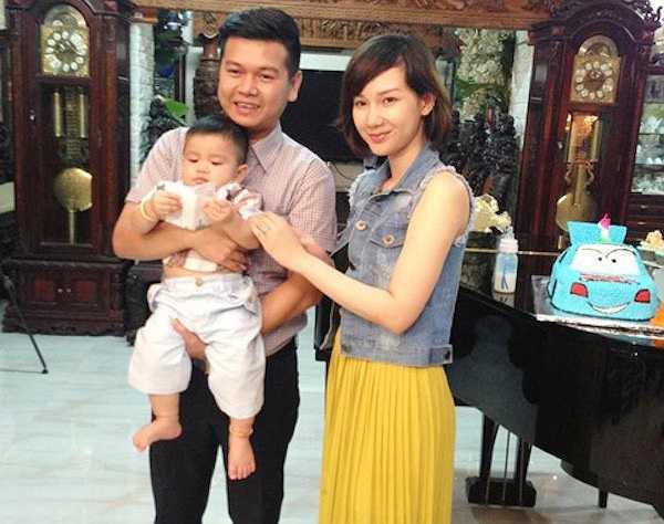 Quỳnh Chi đang có cuộc sống khá khép kín với gia đình nhỏ của mình. Cô chia sẻ được chăm sóc con cái là một niềm hạnh phúc lớn lao.