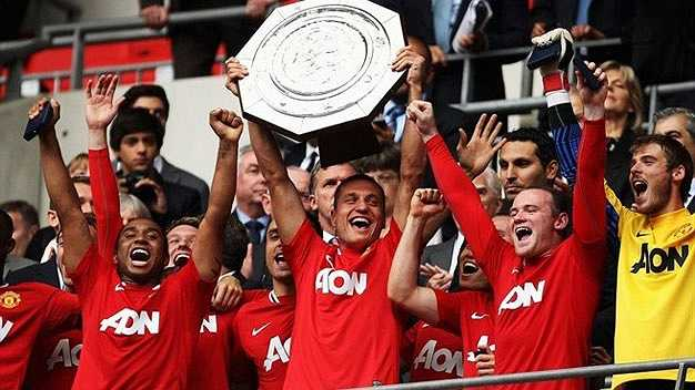 Cũng trong năm 2011, Man Utd tiếp tục giành Community Shield sau cuộc lội ngược dòng nghẹt thở trước Man City.