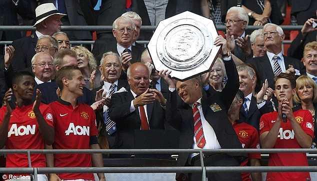 Community Shield 2013 - danh hiệu đầu tiên và cũng là duy nhất của Man Utd dưới triều đại David Moyes.