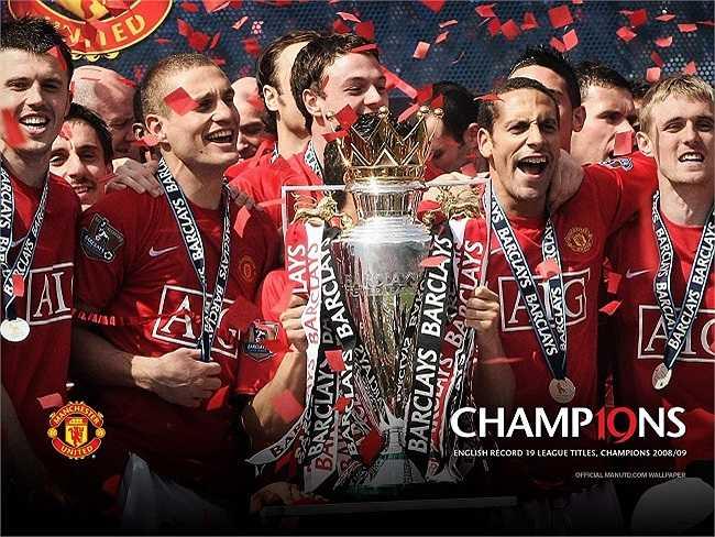 Với chức vô địch Premier League mùa giải 2008-2009, Man Utd chính thức san bằng kỷ lục 18 lần vô địch nước Anh của Liverpool.