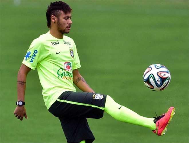 Tuy nhiên, Neymar và các đồng đội đều tỏ ra hứng khởi dù vừa trải qua một mùa giải mệt mỏi ở châu Âu.