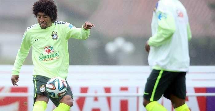 Trung vệ Dante - người đang khoác áo đương kim vô địch Bundesliga, CLB Bayern Munich