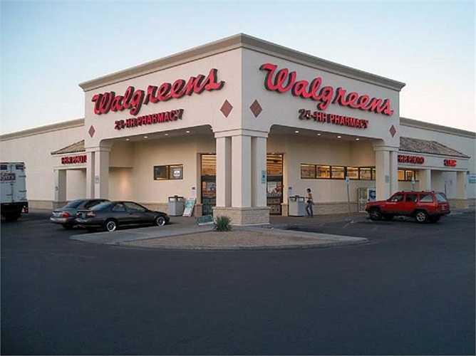 Walgreens – 15,5 tỷ USD: là nhà bán lẻ thuốc lớn thứ 2  ở  Mỹ chỉ đứng sau CVS / pharmacy. Với 8678 cửa hàng và có mặt ở tất cả 50 tiểu bang. Với hơn 100 năm thành lập Walgreens luôn là thương hiệu hàng đầu về dược phẩm.