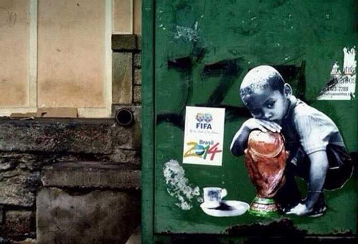 World Cup chả là gì nếu những đứa trẻ này không có cái ăn