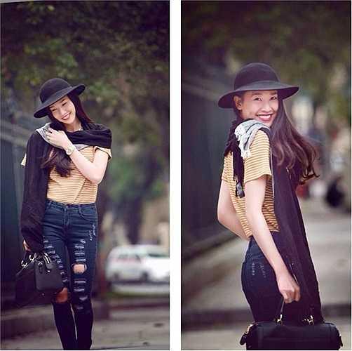 Sở hữu chiều cao lý tưởng cùng vóc dáng cân đối, Dương Mỹ Linh phù hợp với nhiều phong cách thời trang. Dù diện trang phục bình dân, cô vẫn nổi bật và rạng rỡ.