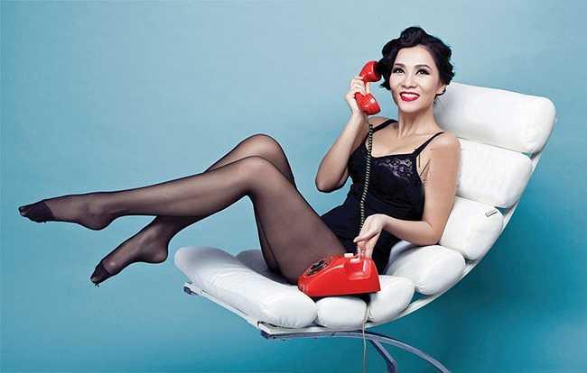 Thu Minh được công nhận là nữ hoàng sexy của showbiz