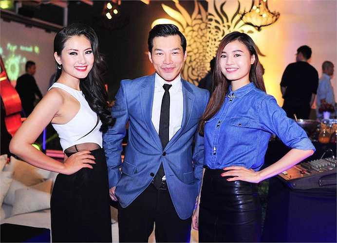 Năm nay, ngoài Trần Bảo Sơn còn có diễn viên Ngọc Lan, Ninh Dương Lan Ngọc, Trương Thế Vinh… tham gia hỗ trợ Hồng Ánh. Đông đảo khách mời đã tới ủng hộ cho chương trình.