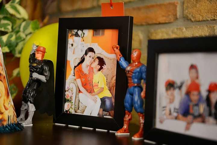 Hoa hậu Thu Hoài đã tổ chức buổi sinh nhật cho con trai út của cô tại nhà hàng do chính mình làm chủ