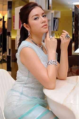 Và không có cô, ngành du lịch Việt Nam sẽ khó lòng được quảng bá rộng rãi và hiệu quả đến thế trên thế giới.