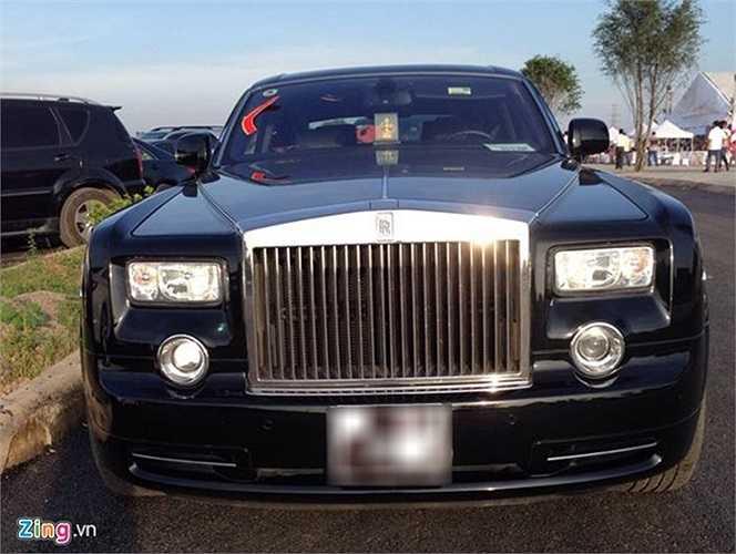 Rolls-Royce Phantom.