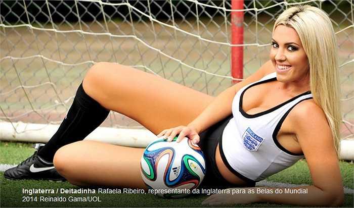 Không hề thua kém là người đẹp Rafaela của Anh.