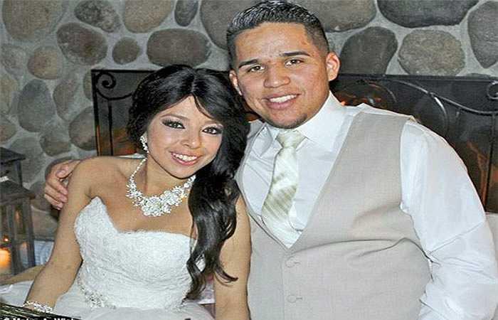 Điều đặc biệt, Daniel đã quyết định làm đám cưới với người mình yêu, giúp Leslie thỏa ước nguyện được mặc váy cô dâu khi chỉ còn vài tháng để sống trên thế gian.