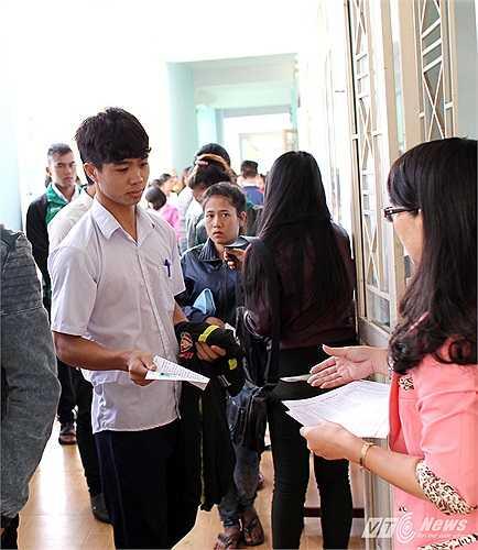 Ở Học viện ngoài Công Phượng còn có Tuấn Anh, Lương Xuân Trường, Trần Hữu Đông Triều... và nhiều cầu thủ khác là những người giỏi cả chuyên môn lẫn văn hóa.