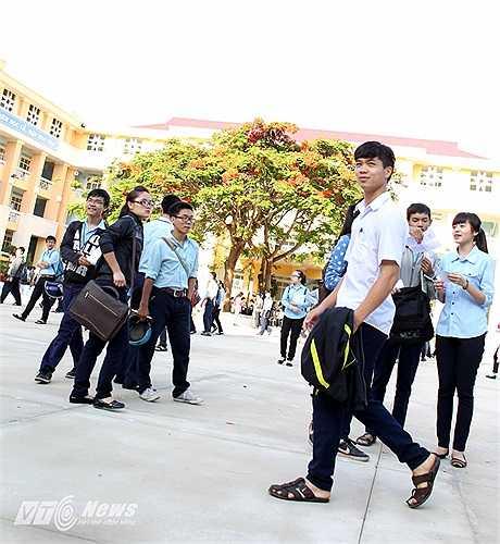 Với Công Phượng mục tiêu của năm 2014 không chỉ là tốt nghiệp THPT mà là cánh cửa vào Đại học dù em rất bận tập luyện và thi đấu.