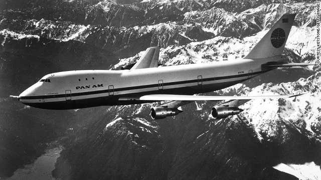 Năm 1970: Máy bay thân rộng Boeing 747 lần đầu tiên được đưa vào sử dụng trong chặng bay từ Newyork tới Luân Đôn