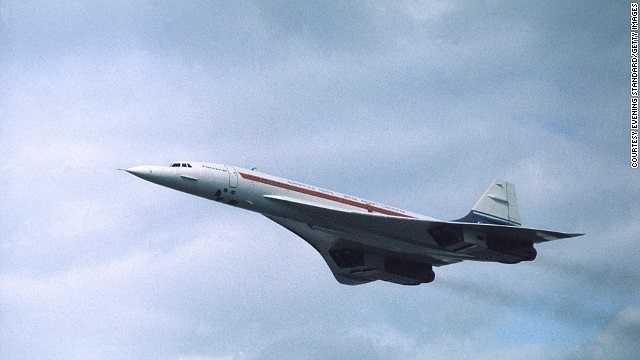 Năm 1976: Ra mắt lần đầu tiên vào năm 1976, chiếc máy bay siêu âm Concorde là kết quả hợp tác giữa Anh và Pháp. Thời gian bay sử dụng máy bay này chỉ mất một nửa so với các máy bay thương mại khác.