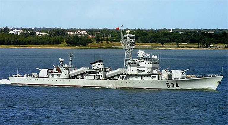 Theo số hiệu tàu được Cảnh sát biển Việt Nam công bố, đây chính là tàu hộ vệ tên lửa Type 053H1 (mã định danh NATO là Jiang hu-II, tức Giang Hồ II) là lớp tàu hộ vệ tên lửa đang phục vụ với số lượng lớn trong biên chế Hải quân Trung Quốc.