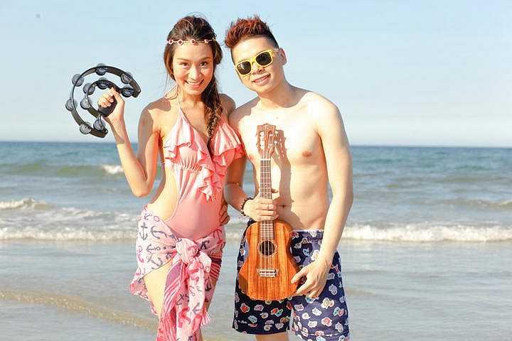 Đặc biệt, trong bộ ảnh này, lần đầu tiên Minh Thư để lộ hình ảnh với trang phục bikini.