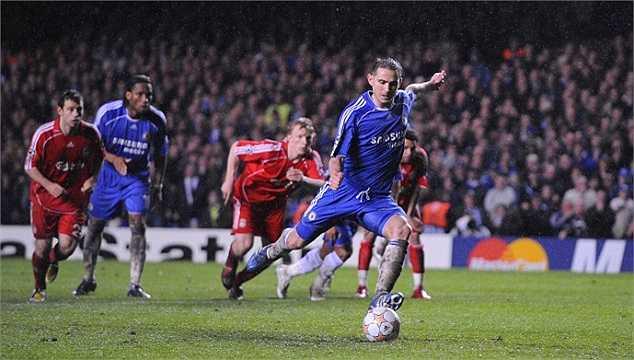 Liverpool là một đối thủ khó nhằn của Chelsea tại Champions League, và Lampard đã giúp The Blues vượt qua The Kop 3-2 tại Stamford Bridge ở trận bán kết lượt đi vào ngày 30/4/2008