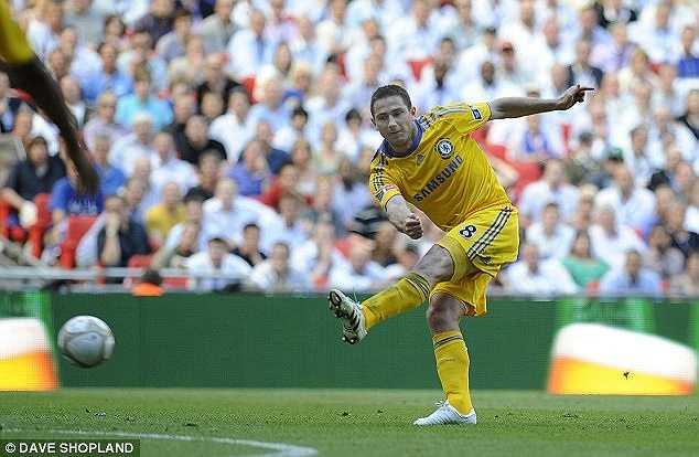 Bàn thắng thứ 20 trong mùa giải 2008-2009 của Lampard có ý nghĩa đặc biệt khi nó trở thành một trong những bàn thắng được ghi nhanh nhất tại FA Cup. Cú dứt điểm bóng sống làm tung lưới Everton vào ngày 30/5/2009 được Lampard ghi, sau khi tận dụng triệt để sai lầm phá bóng của Phil Neville