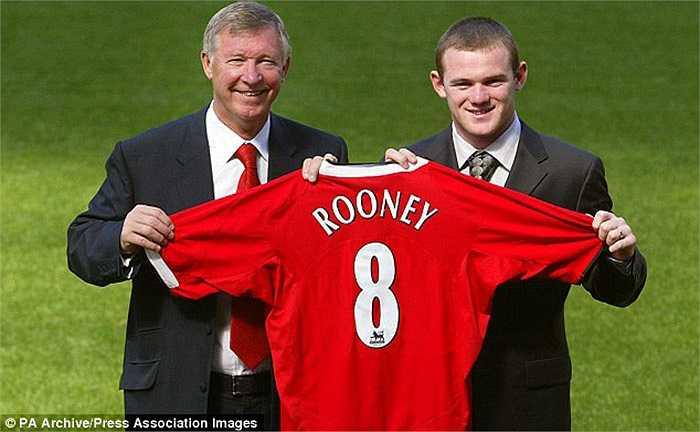 Đắt giá nhất trong số những sao tuổi teen là Wayne Rooney. Gã Shrek đã chuyển đến Man Utd vào hè 2004, sau một kỳ Euro thành công cùng ĐT Anh. Số tiền mà Quỷ đỏ đã trả cho Everton để có được tài năng 18 tuổi là 25,6 triệu bảng