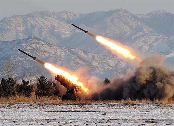 Tên lửa Triều Tiên khai hỏa trong một cuộc tập trận