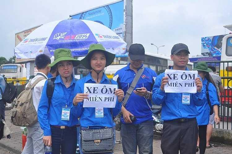 Đội ngũ xe ôm miễn phí tại các bến xe