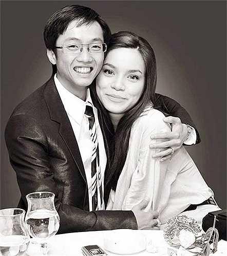 Sau đó, Quốc Cường thậm chí còn cầu hôn vợ trên trang cá nhân.