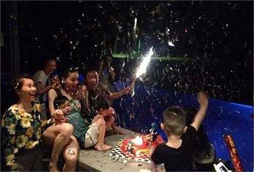 Gần đây nhất, tiệc sinh nhật Subeo vào tháng 6/2014 cả gia đình vẫn quây quần hạnh phúc. (Theo Khám phá).