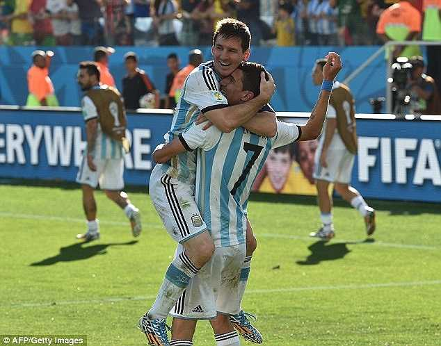 Nhưng cuối cùng, người dân Argentina đã có thể thở phào khi giấc mơ chung kết vẫn còn nguyên vẹn.