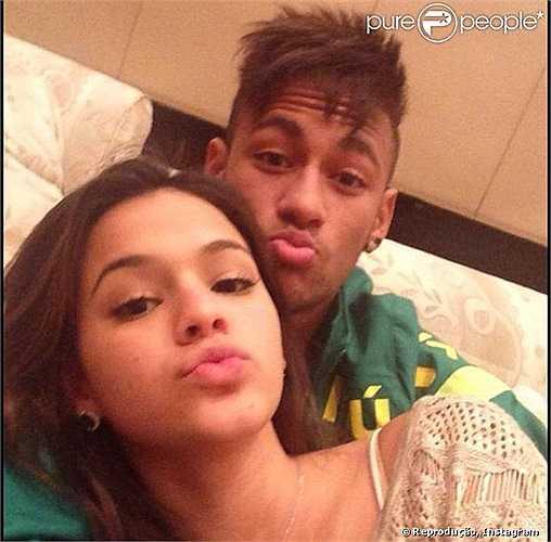 Tất nhiên, Neymar rất vui sướng và coi đây là một nguồn động lực rất lớn nữa để bước vào trận tứ kết gặp Colombia.