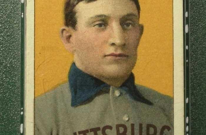 Thẻ bóng chày của Honus Wagner, thuộc đội Pittsburgh Pirates, từ đầu thế kỷ 20 đã được bán với giá 1,1 triệu USD trên eBay. Cầu thủ chặn bóng Honus Wagner từng được giới thiệu vào Hall of Fame, cùng với Babe Ruth, sau khi hai lần đưa đội Pirates vào giải World Series
