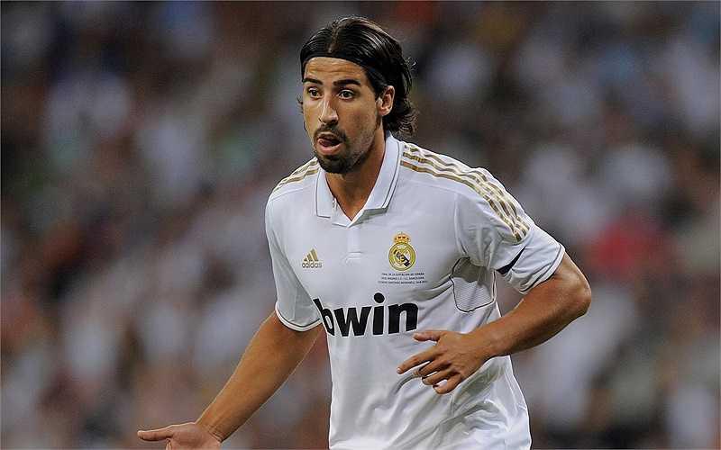Arsenal vẫn đang nỗ lực đàm phán vấn đề lương bổng với Sami Khedira