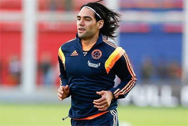 Chân sút người Colombia được kỳ vọng sẽ lấp đầy được khoảng trống mà Luis Suarez đã bỏ lại