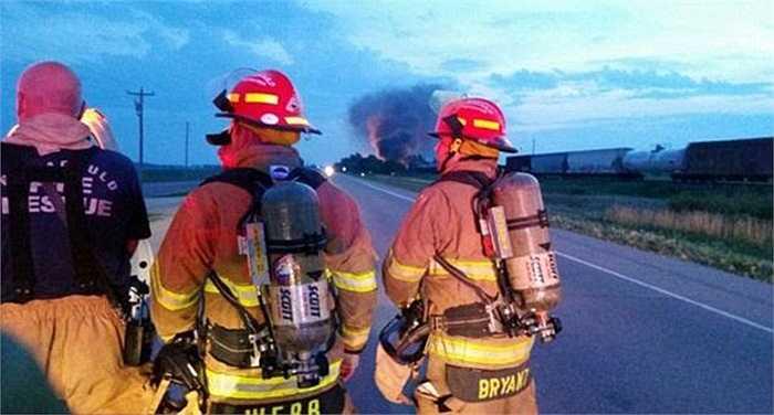 Lính cứu hỏa đã khống chế được đám cháy