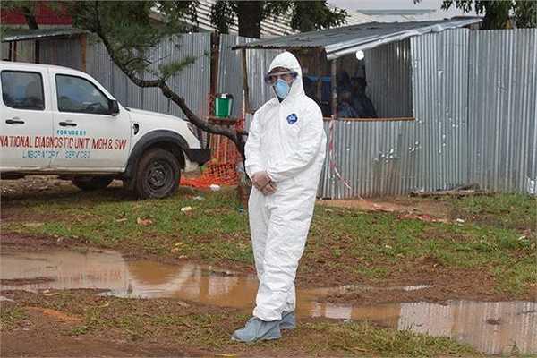 Tính đến 15/8, số người chết vì đại dịch này ở Tây Phi đã tăng lên 1.145 người. Tổ chức Y tế Thế giới WHO thông báo, 76 ca tử vong được ghi nhận chỉ trong hai ngày 12 và 13/8.