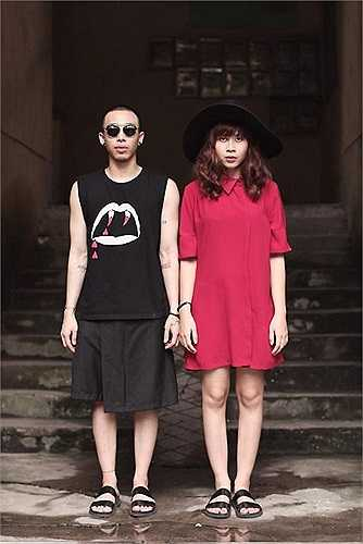 Những đôi dép lê quai ngang đang là trào lưu được nhiều tín đồ thời trang yêu thích. Mới đây, Lưu Hương Giang cùng với stylist đăng ảnh diện dép lê trẻ trung khiến người xem thích thú.