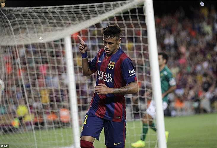 Neymar có 2 bàn trong hiệp 1