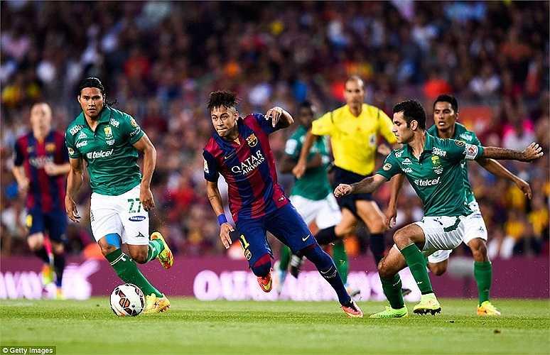 Chấn thương lưng ở World Cup không ảnh hưởng quá nghiêm trọng tới Neymar