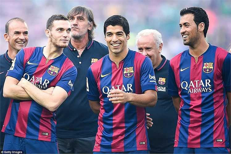 Vermaelen (trái) là sự bổ sung cần thiết cho hàng thủ Barca