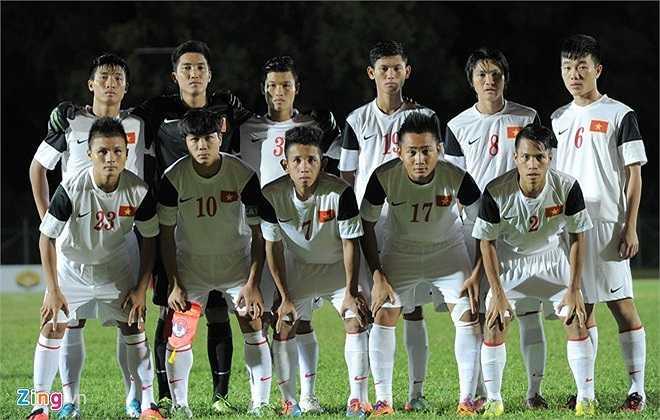 Đội hình chính của U19 Việt Nam ra sân trong trận quyết đấu với 'đàn anh' U21 Campuchia.