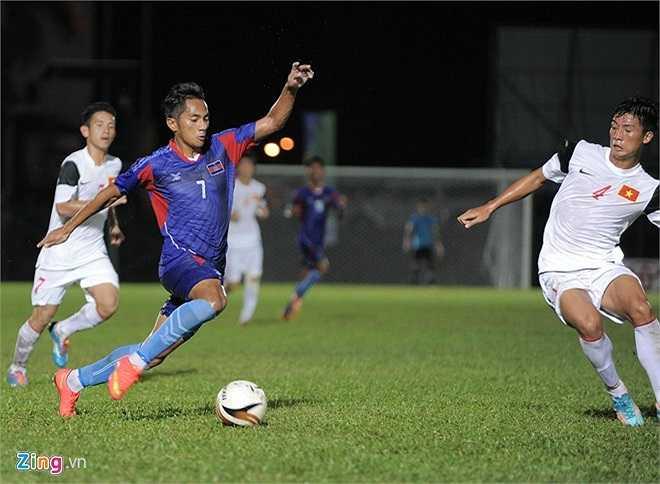 Sang hiệp 2, với thế trận không còn gì để mất, các cầu thủ U21 Campuchia tràn lên tấn công tìm bàn gỡ. Tuy nhiên hàng phòng ngự U19 Việt Nam đã chơi rất tập trung và kỷ luật để hóa giải.