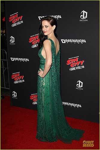 Eva Green cũng góp một vai trong Sin City 2.